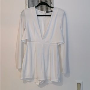 White misguided romper long sleeves plunging neck